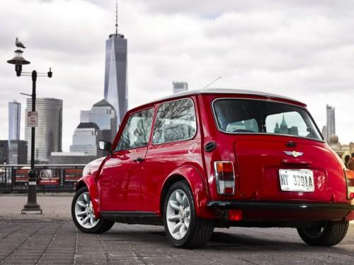 Назад у майбутнє: класичний Mini став електричним.